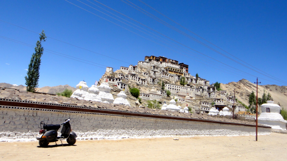 thiksey-gompa-5
