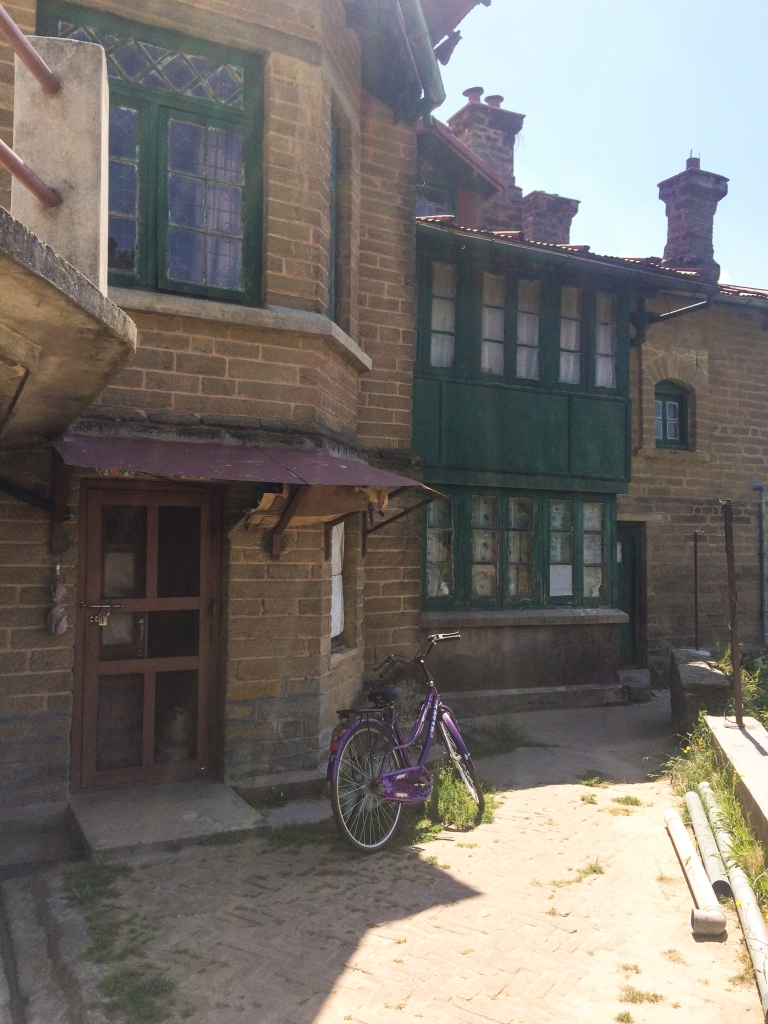 Old British houses from the Raj Era
